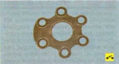 Стопорнуя пластина болтов крепления кожуха нажимного диска сцепления